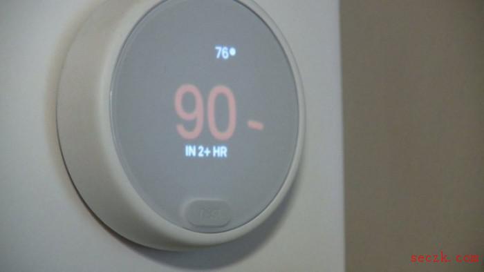 黑客入侵了一对夫妇的Nest设备 将温度调至90华氏度并播放低俗音乐