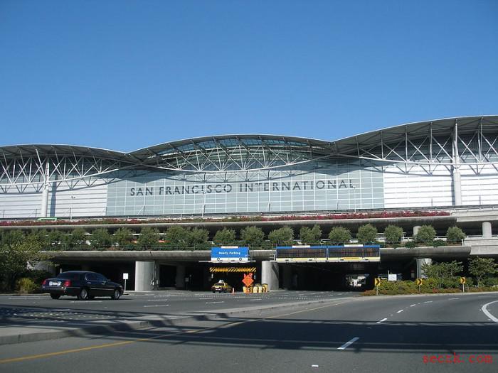 旧金山国际机场证实其网站遭黑客入侵 员工密码或遭窃取